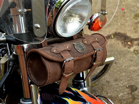 BiO) Brown Leather Tool Roll Bag Indian Motorcycle