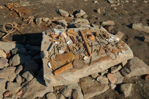 Artifacts Discovered Tales of drained lakes   Houseboat