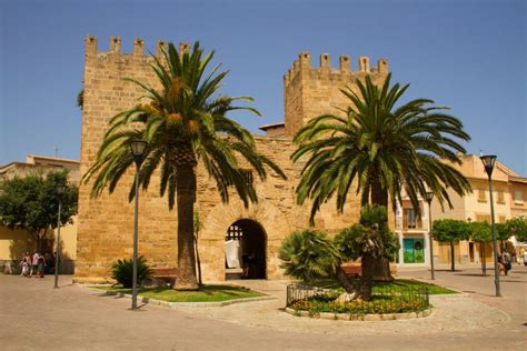 Must-see tourist attractions when on holiday in Alcudia