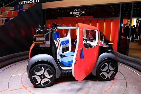 Citroen Ami One Disrupts Geneva with Tiny Dimensions and