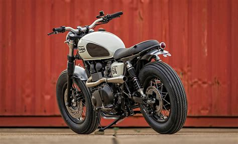 Down & Out Motorcycles   Robby's T100
